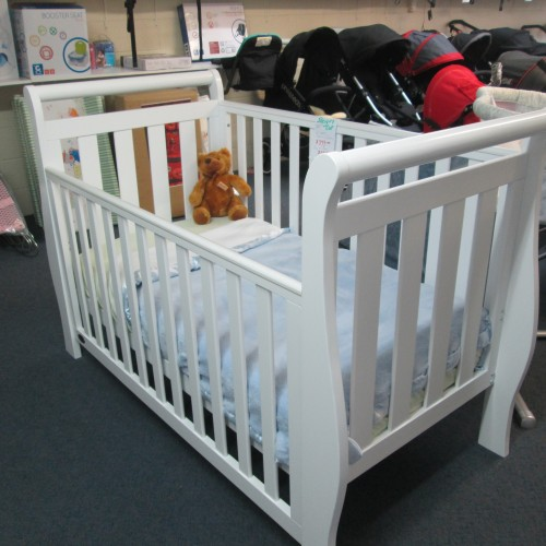 Cambridge White Sleigh Cot